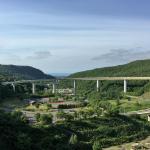 隠れた人気の朝里ダムへ。チャリだから撮れるループ橋の写真を公開。